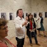 KFES 2012 - Guillaume Bardet. Déambulation dans l'exposition; accompagné par Marine Lanier.