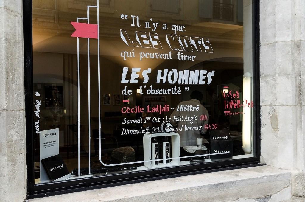 Vitrine . Rue Diane de Poitiers