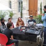 Village des Cafés - Plateau radio M avec Benoît Minville et le Comité Ados des Cafés © D.R.